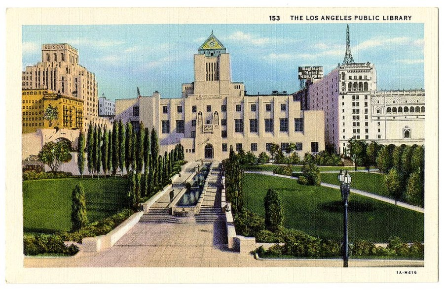 Public Library LA 2.jpg